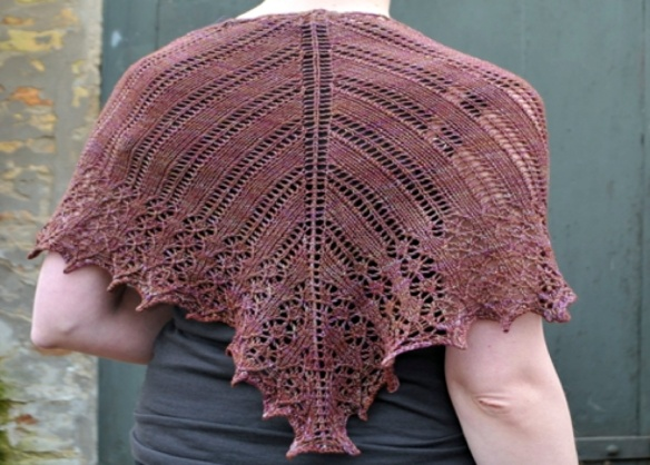 Triangular shawl karie