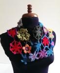 crochet_flower_scarf_1